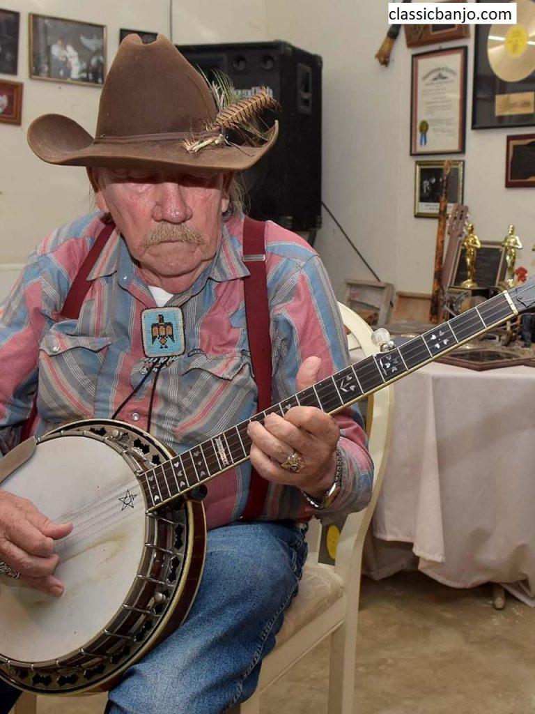 Sejarah Awal Dari Alat Musik Melodis Banjo